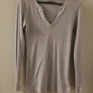 Grey ribbed knit t